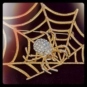 Jewelry - Rhinestone Spider Pin with Web Brooche